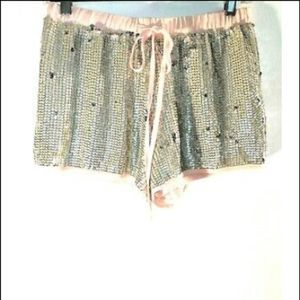 Forever 21 womens shorts Sequins silver pink 151